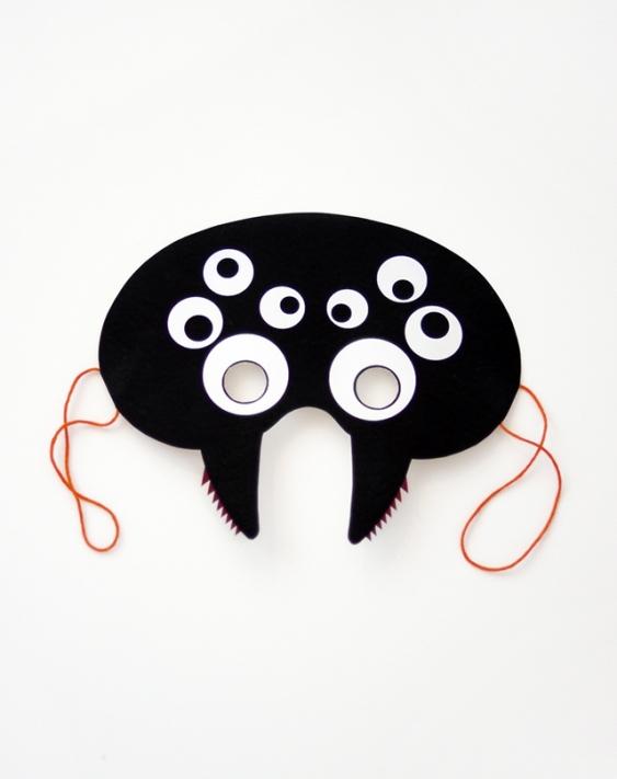 05. Делаем маски на Хэллоуин