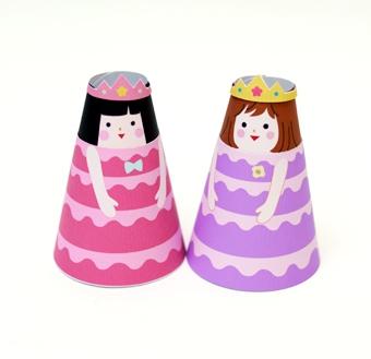 06. Бумажные куклы с одеждой