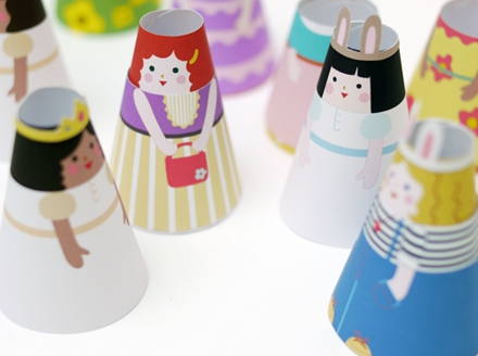 07. Бумажные куклы с одеждой