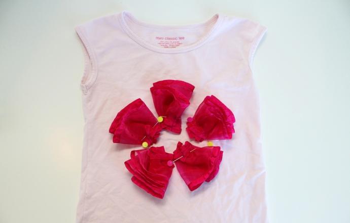 12. Цветочные аппликации на одежду