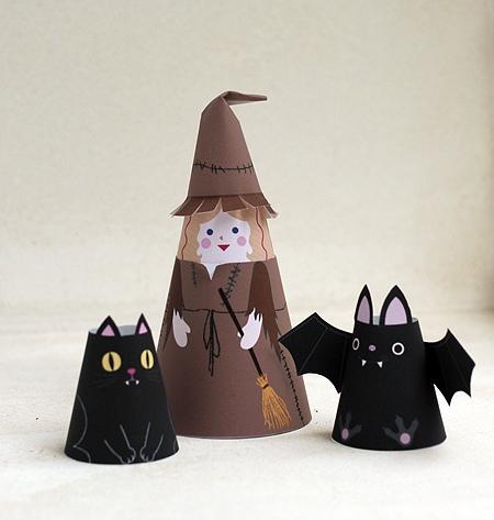09. Объемные бумажные куклы Хэллоуин
