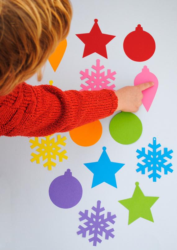 03. Новогодние игрушки из бумаги для самых маленьких