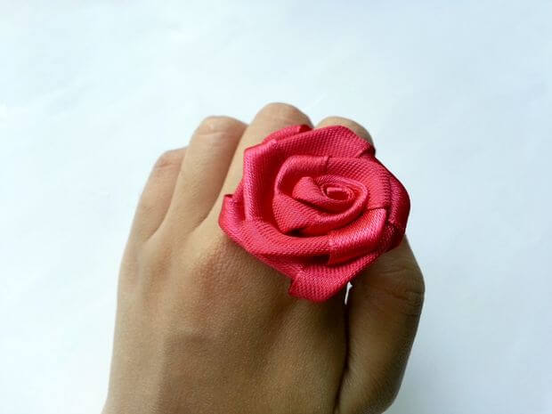 ring_with_rose_3