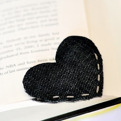 corner-heart-bookmark-3