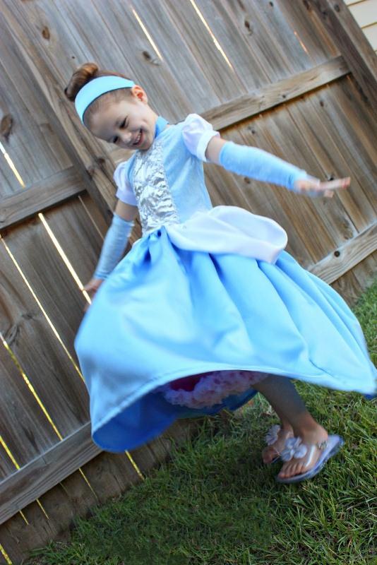 Карнавальный костюм своими руками: аксессуары к платью Золушки - photo#12